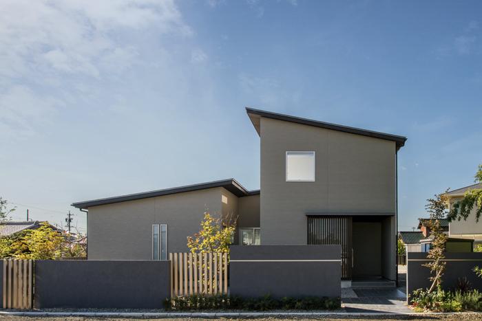 コノ字の家の写真