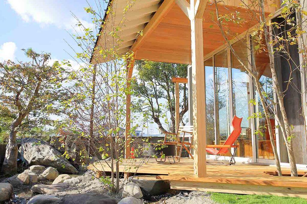 自宅リゾートのススメ~プライバシーを確保して別荘のように暮らすのイメージ