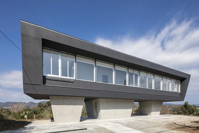 海を臨む伊豆の家 A House with an Ocean View in Izu