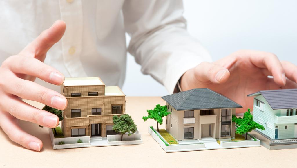 ハウスメーカーと建築家の家づくりの違いのイメージ